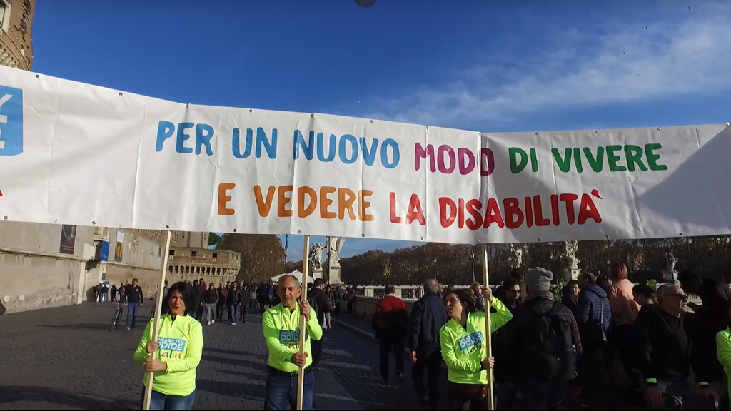 Giornata internazionale delle persone con disabilità flash mob Roma Castel Sant'Angelo