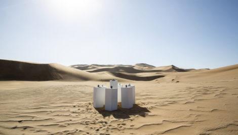Toto Forever, la canzone Africa in loop per sempre nel deserto della Namibia