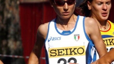 Vincenza Sicari maratoneta ex atleta azzurra malattia degenerativa