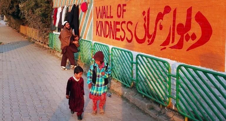 Wall of kindness, il Muro della Gentilezza Deewar e Mehrbani