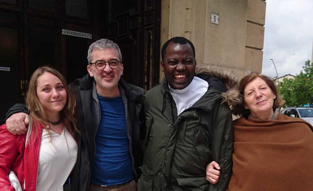Banchi di Scuola Ebolowa Camerun Don Jean-Jacques Minkandè Laura de Angelis, Giuliano Lovati, Maria Zocchi