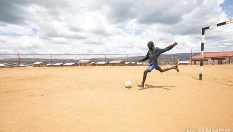 Sport come terapia, il progetto di Fondazione Milan con UNHCR rifugiati da Libia a Niger