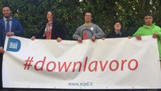 """1 maggio, """"DownLavoro"""" lavoratori con sindrome di Down campagna AIPD"""