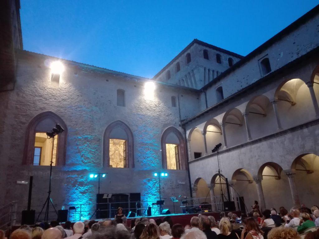 castello cortile torrechiara festival