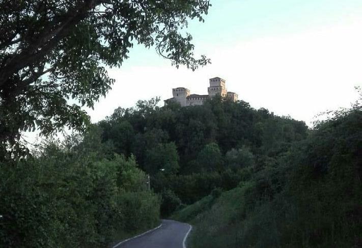 castello torrechiara panorama