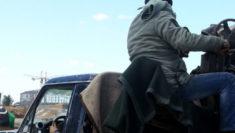libia raid aereo centro detenzione migranti guerra tripoli