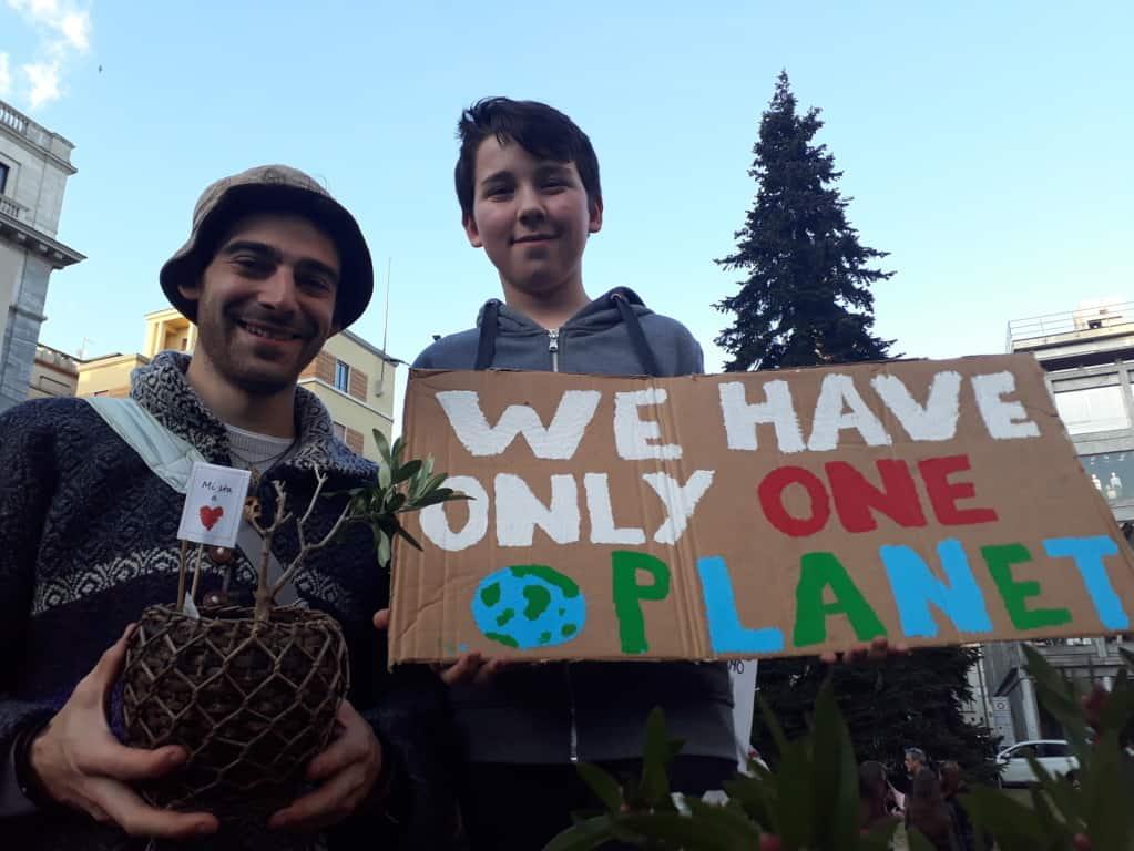 Viaggio tra uomini, donne e piante Giacomo Castana Fridays For Future Varese