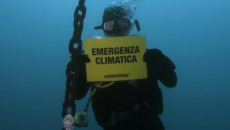 """Cop21, Greenpeace lancia Operazione """"Mare Caldo"""" cop21 Napoli"""