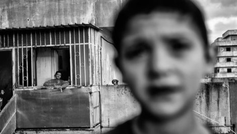 Antonio Belardo © - Senza nome. Vesuvii, Scampia 2015 rapporto Oxfam