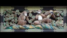 Tre Scimmiette Sagge sono le guardiane del Santuario di Toshogu a Nikko in Giappone educazione e omertà