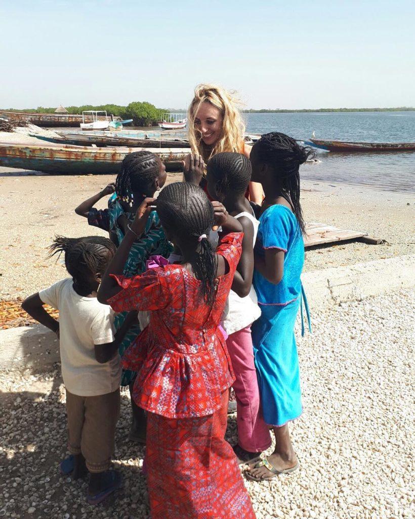 Bambine del Delta del Sine Saloum, Senegal