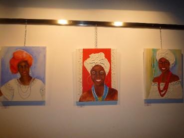 "Dipinti di ""Baianas"", donne brasiliane di Bahia. Ninarosa Manns – Mostra dell'associazione culturale tedesco-brasiliana"