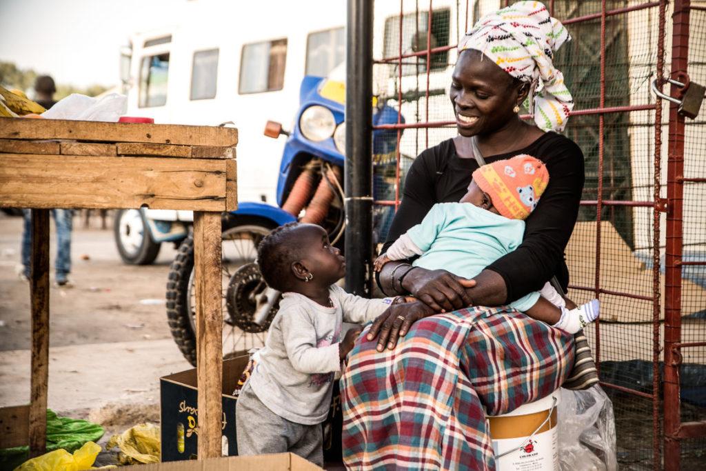 Mamma e figlia, Djiffer, Senegal