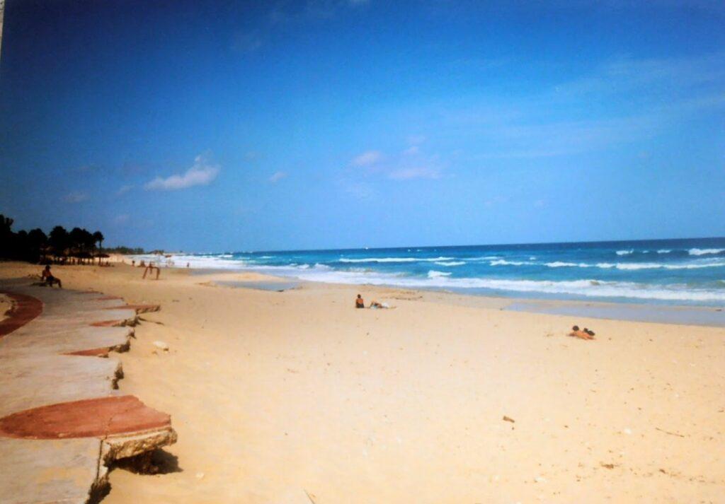 Una spiaggia di Playa del Este, Cuba
